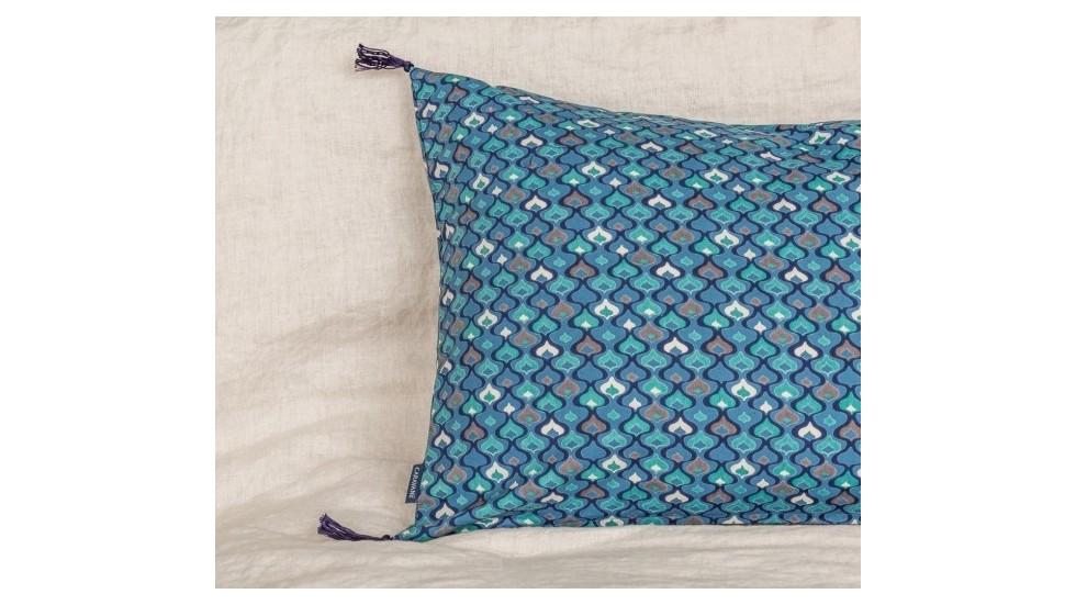 Coussin caravane coton a motifs seventies nordique - Coussin nordique ...
