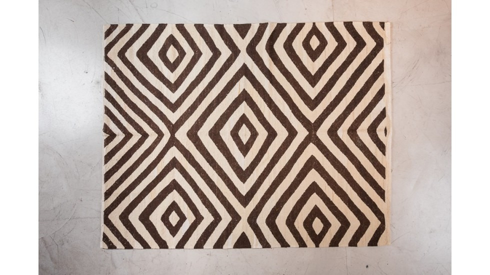 tapis en laine poil de chevre motifs g om triques kilim turc. Black Bedroom Furniture Sets. Home Design Ideas
