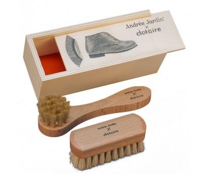 MINI KIT A CHAUSSURES CLOTAIRE avec brosse applicateur, brosse à reluire-plumer en bois