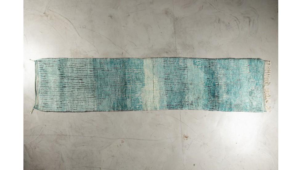 Tapis de passage Beni Ouarain- bleu turquoise- pure laine- 375X85 cm