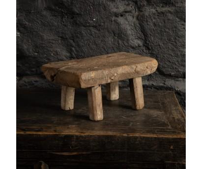 TABOURET MIN EN ORME ANCIEN   32cm x 18cm x H14cm