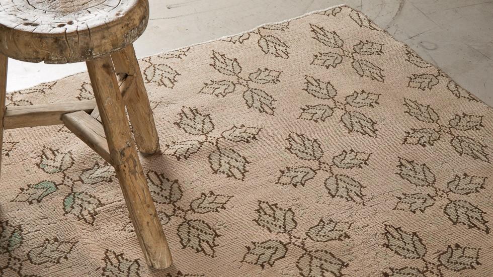 tapis vintage en laine rose bicolore 3 - Tapis Vintage
